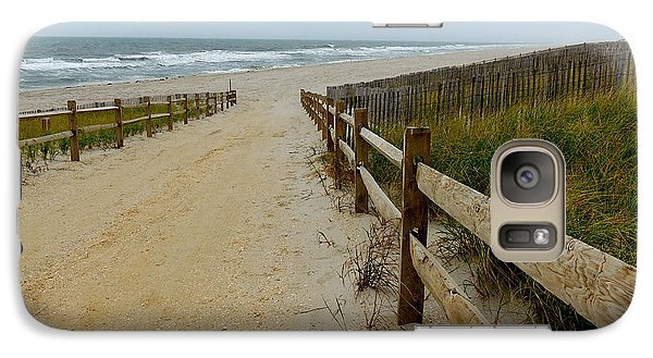 Galaxy Case featuring the photograph To The Beach by Allen Beilschmidt