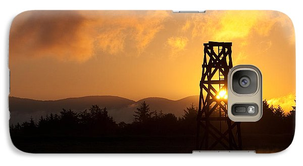 Galaxy Case featuring the photograph Tower At Dawn by Erin Kohlenberg