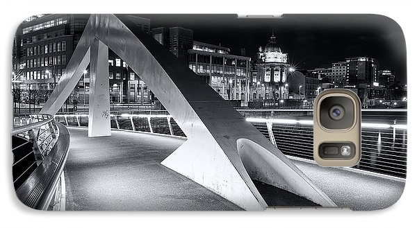 Galaxy Case featuring the photograph Tradeston Footbridge by Stephen Taylor