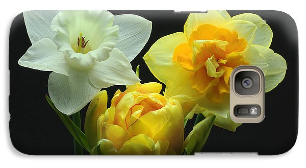 Galaxy Case featuring the photograph Tulip With Daffodils by Robert Pilkington