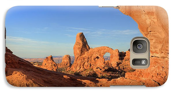 Galaxy Case featuring the photograph Turret Arch Through North Window by Alan Vance Ley