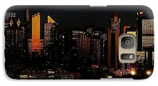Galaxy Case featuring the photograph Twilight Reflections On New York City by Lilliana Mendez