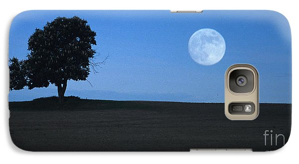 Galaxy Case featuring the photograph Twilight Solitude by Sharon Elliott