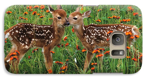 Two Fawns Talking Galaxy S7 Case