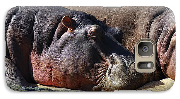 Two Hippos Sleeping On Riverbank Galaxy S7 Case