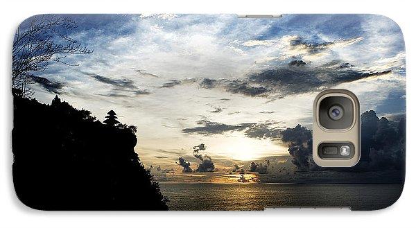 Galaxy Case featuring the photograph Uluwatu Temple by Yew Kwang