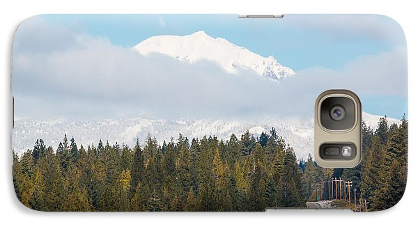 Galaxy Case featuring the photograph Up To The Mountain by Jan Davies