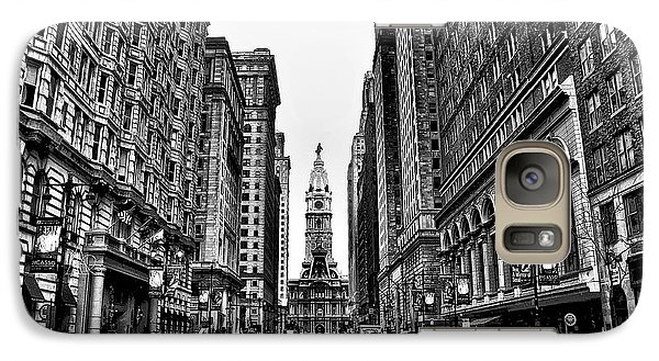 Urban Canyon - Philadelphia City Hall Galaxy S7 Case by Bill Cannon