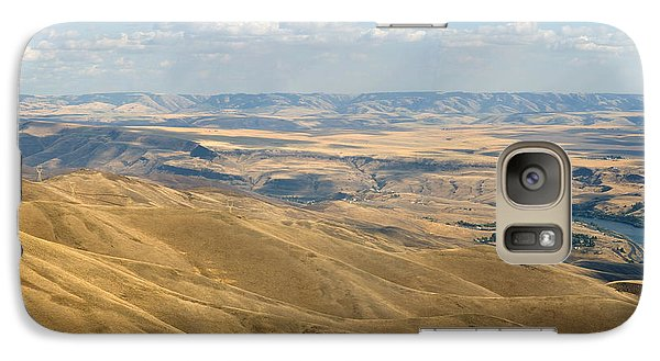Galaxy Case featuring the photograph Valley View by Mark Greenberg