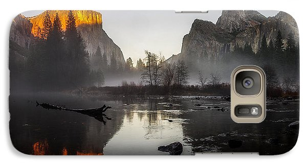 Valley View Yosemite National Park Winterscape Sunset Galaxy Case by Scott McGuire