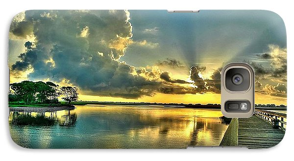Galaxy Case featuring the photograph Veterans Pier Sunrise by Ed Roberts