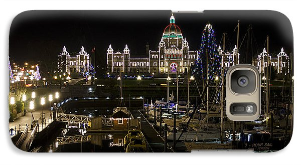 Galaxy Case featuring the photograph Victoria Harbour At Christmas by Maria Janicki