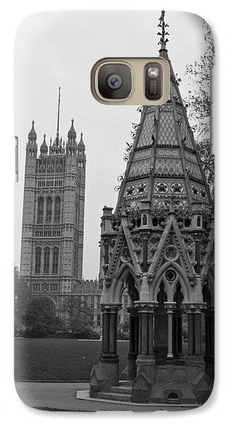 Galaxy Case featuring the photograph Victoria Tower Garden by Maj Seda