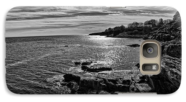 Galaxy Case featuring the photograph View From The Cliffwalk by John Hoey