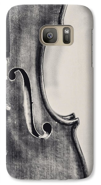 Violin Galaxy S7 Case - Vintage Violin Portrait In Black And White by Emily Kay