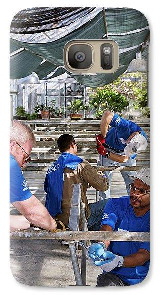 Volunteers At A Botanic Garden Galaxy S7 Case
