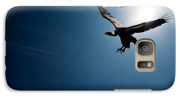 Vulture Flying In Front Of The Sun Galaxy S7 Case by Johan Swanepoel