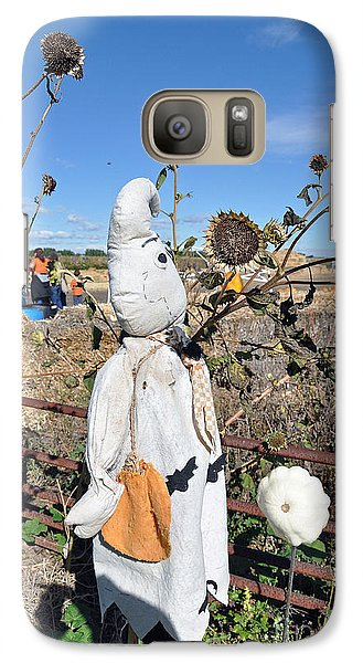 Galaxy Case featuring the photograph Waiting For Darkness by Minnie Lippiatt