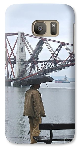 Galaxy Case featuring the photograph Waiting On High Street by Suzanne Oesterling