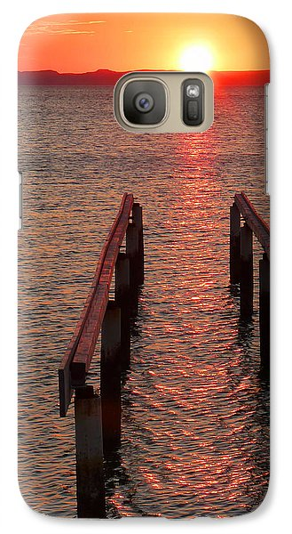 Galaxy Case featuring the photograph Walkway To The Sun by Alan Socolik