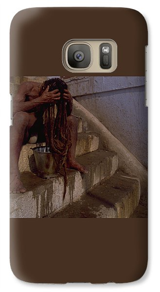 Galaxy S7 Case featuring the photograph Varanasi Hair Wash by Travel Pics
