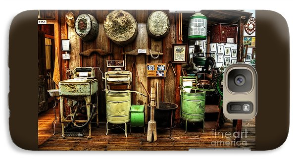 Washing Machines Of Yesteryear Galaxy S7 Case by Kaye Menner