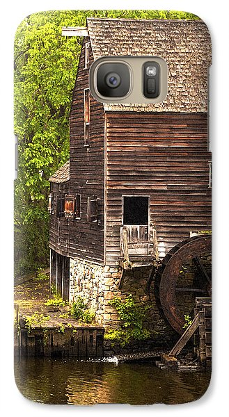 Galaxy Case featuring the photograph Water Wheel At Philipsburg Manor Mill House by Jerry Cowart