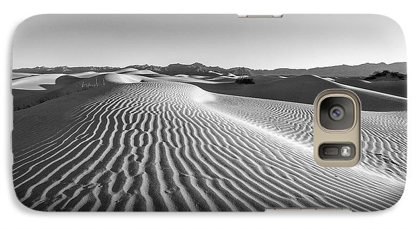 Desert Galaxy S7 Case - Waves In The Distance by Jon Glaser