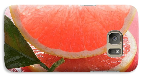Wedge Of Pink Grapefruit On Slice Of Grapefruit With Leaf Galaxy S7 Case