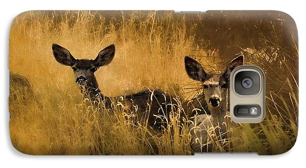 Galaxy Case featuring the photograph What'cha Lookin' At by Karen Slagle