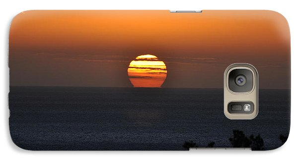 Galaxy Case featuring the photograph When The Sun Sets by Sabine Edrissi