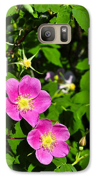 Galaxy Case featuring the photograph Wild Roses by Cathy Mahnke