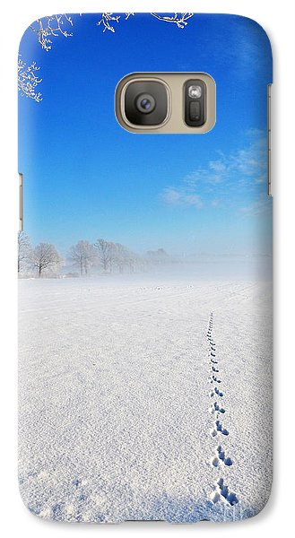 Galaxy Case featuring the photograph Wildlife Tracks by Kennerth and Birgitta Kullman