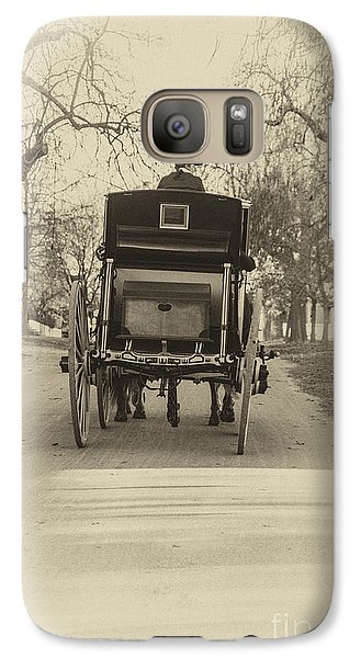 Galaxy Case featuring the photograph Williamsburg Coach Driving Away by Terry Rowe