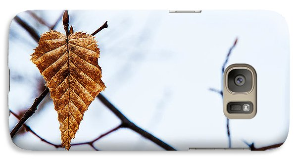 Galaxy Case featuring the photograph Winter Leaf by Kennerth and Birgitta Kullman