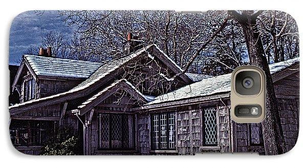 Galaxy Case featuring the digital art Winter Lodge by Richard Farrington