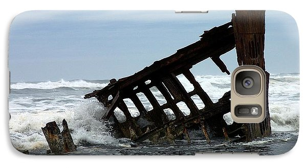 Galaxy Case featuring the photograph Wreck Of The Peter Iredale by Chalet Roome-Rigdon