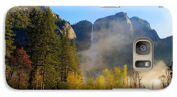 Galaxy Case featuring the photograph Yosemite River Mist by Duncan Selby
