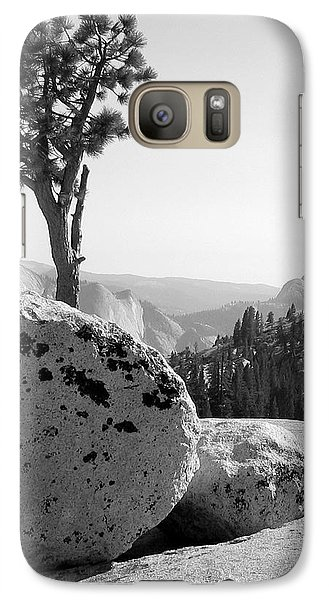 Galaxy Case featuring the photograph Yosemite's Olmsted Point by Kevin Desrosiers