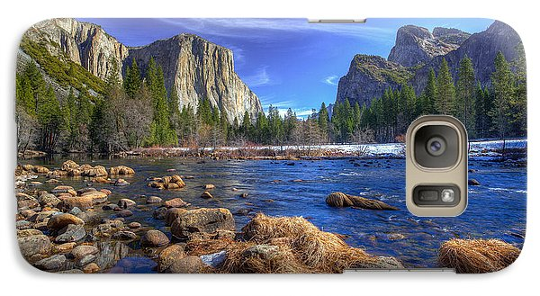 Galaxy Case featuring the photograph Yosemite's Valley View by Mike Lee