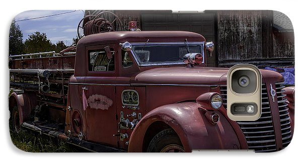 Galaxy Case featuring the photograph 1939 American Lafrance Foamite by Tom Gort