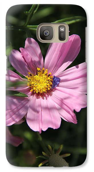 Galaxy Case featuring the photograph A Soft Landing by Elizabeth Sullivan