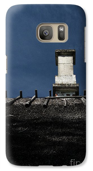 Galaxy Case featuring the photograph At Chimney Height by Agnieszka Kubica
