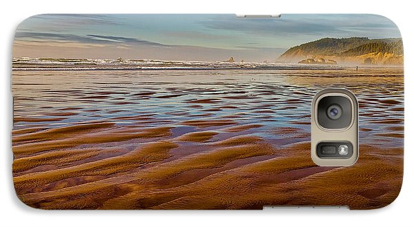 Galaxy Case featuring the photograph At The Beach by Ken Stanback