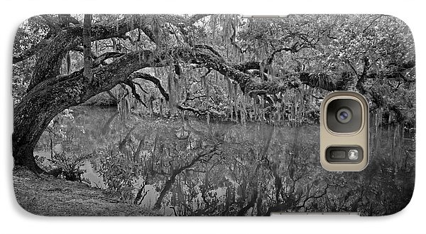 Galaxy Case featuring the photograph Bent Oak River Reflection by Larry Nieland