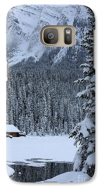 Galaxy Case featuring the photograph Cabin In The Snow by Alyce Taylor