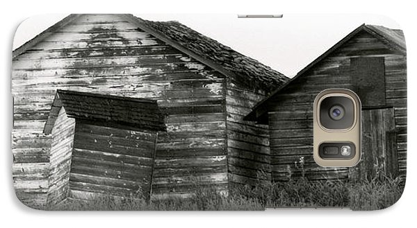 Galaxy Case featuring the photograph Canadian Barns by Jerry Fornarotto