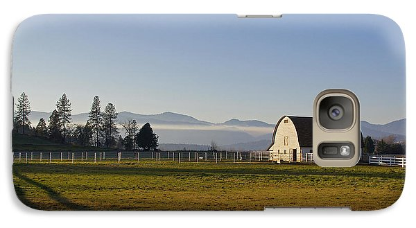 Galaxy Case featuring the photograph Classic Barn In The Country by Mick Anderson