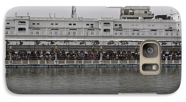 Galaxy Case featuring the photograph Crowd Of Devotees Inside The Golden Temple by Ashish Agarwal
