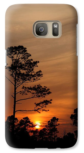 Galaxy Case featuring the photograph Days Dusk by Cindy Haggerty